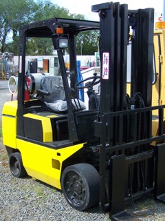 TCM FCG30T7T Fork-Lift LP GAS 5550 lbs Lift